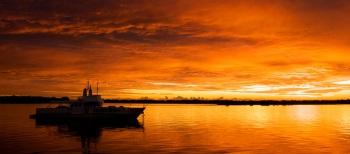 Sunrise on the Broadwater